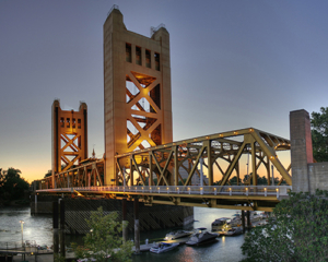 Tower_Bridge_Sacramento_edit