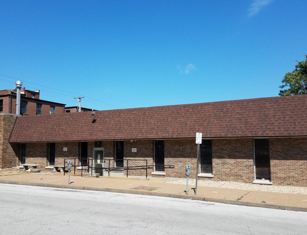 St. Louis signs lease on new temporary emergency homeless shelter